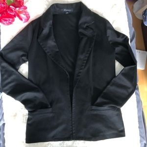 Forever 21 Black Open-Front Blazer w/Front Pockets